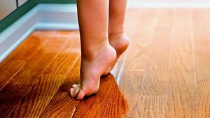 Ребенок ходит на цыпочках, почему