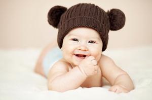 Порядок прорезывания зубов у детей и симптомы