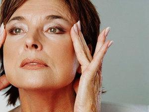 Средства для ухода за кожей вокруг глаз