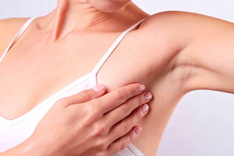 Покраснение на груди